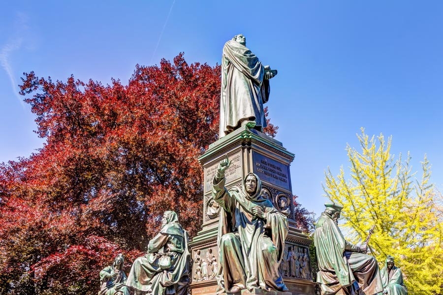 Martin Luther Denkmal in Worms - Parkhotel Prinz Carl Betriebs GmbH